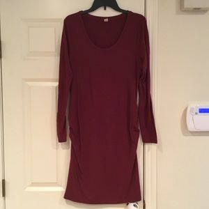 Old Navy maternity fitted dress